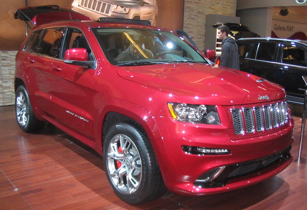 '12_Jeep_Grand_Cherokee_SRT8_(MIAS_'12)